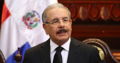Expresidente Medina, con el camino despejado hacia la presidencia del PLD