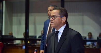 """Senadores leonelistas se oponen a la """"amenaza"""" de modificar la Constitución"""