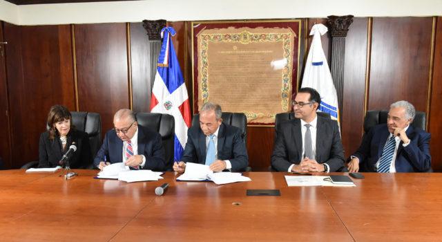 CDEEE contrata a Xcoal Energy para compra carbón de Punta Catalina