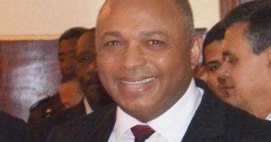 Candidato presidencial del PNG plantea planes de gobierno durante conversatorio en New York