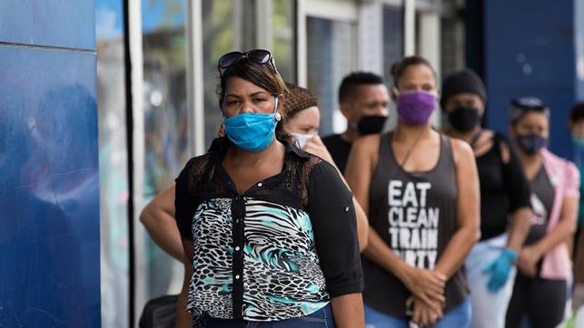 Salud Pública propondrá a Danilo Medina tomar medidas drásticas contra los que no usan mascarillas