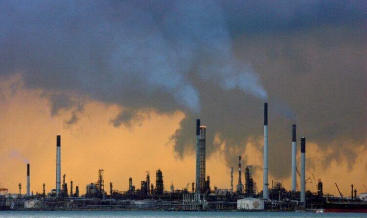 El petróleo de Texas cierra con un ascenso del 0,47 %, hasta 70,29 dólares